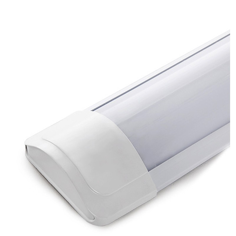 Luminaria LED Lineal de 18W 1800Lm Superficie largo 600mm 30.000H