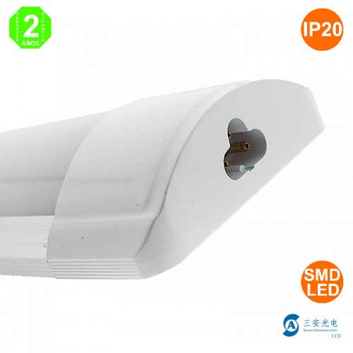 Luminaria LED Lineal 20W Enlazable 600x75x30mm 50.000H Extraplano